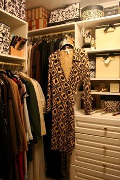 small closet design
