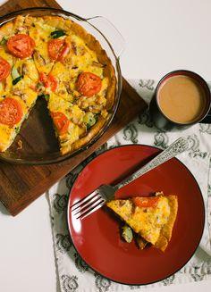 the arrow house: zucchini breakfast pie. Zucchini Breakfast, Breakfast Pie, Irish Breakfast, Vegetable Pizza, Quiche, Arrow, Brunch, Food Ideas, Recipes