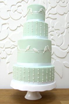 Lovebirds Wedding Cake