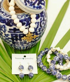 It's a color crush with blue  white!  Our love for this classic look can now be worn as your favorite spring accessory! Blue & White jewelry by @shophazen! #tfssi #stsimonsisland #seaisland #goldenisles #blueandwhite #doublehappiness #chinoiserie #beaded #jewelry #beads #palm #chic #accessories #handmade #shoplocal #shopgoldenisles #pattern #ihavethisthingwithcolor #style #fashion #styleinspo #colorsplash