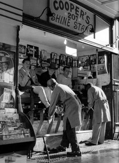 Wolfgang Suschitzky Title: San Francisco Shoe Shine (1958)