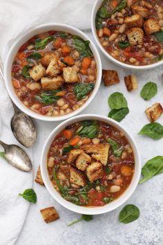 Sun-dried Tomato and White Bean Soup