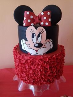 Minnie mouse cake - cake by Ellie's sweets Mickey And Minnie Cake, Fiesta Mickey Mouse, Minnie Mouse Birthday Cakes, Mickey Cakes, 2 Year Old Birthday Party Girl, Baby Birthday Themes, Birtday Cake, Gateaux Cake, Girl Cakes