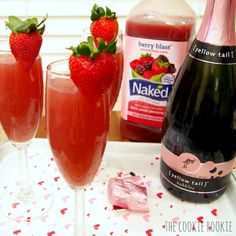 EASY strawberry crush mimosas.  making these for valentines day! #thirstythursday
