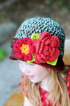 cloche toddler hat, see Etsy shop for more views...