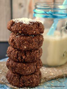 Μπισκότα με σοκολατένιο ταχίνι, βρώμη κ καρύδα - Chocolate tahini coconut oat cookies Oat Cookies, Biscuit Cookies, Healthy Cookies, Healthy Baby Food, Healthy Sweets, Greek Desserts, Healthy Desserts, Healthy Recipes, Baby Cooking