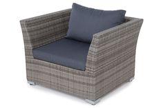 Vi tilbyder byg selv og produkterne Hillerstorp Wisconsin Fåtölj Grå til 2 195 kr.  Vi har også andre møbler og tilbehør til hjemmet samt udemøbler til hurtig levering!