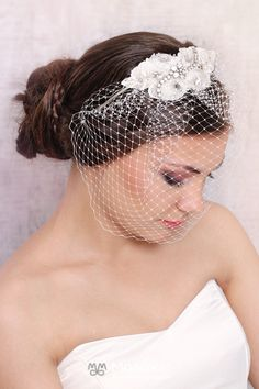Remy | headband with veil and lace adorned - MoaLove Accessories