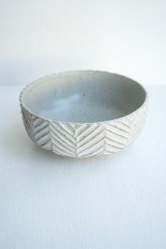 Malinda Reich Medium Bowl no. 518 - A white-glazed bowl, with a hand-carved herringbone pattern on the exterior. The right size for a petite meal or to bring a side dish to the table. - at QUITOKEETO.com