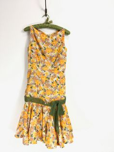 1960s Vintage Dress // Vintage Sunny Floral drop waist dress // 60s vintage dress