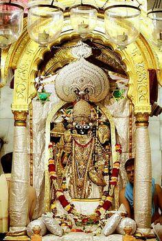 Lakshmi Images, Radha Krishna Images, Lord Krishna Images, Shri Hanuman, Jai Shree Krishna, Krishna Painting, Lord Vishnu, Deities, Gods Love