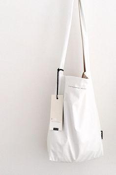 feel good bag by Tinne + Mia