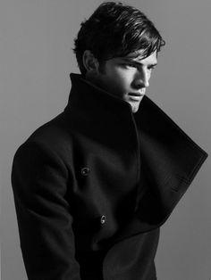 Parce qu'un manteau, c'est toujours bien pratique.