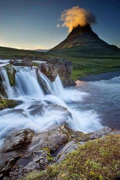 nadezda poznanovic - Google+ - Kirkjufell, Iceland