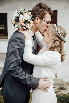 Wedding, Hochzeit, Couple, Pärchen, Love Wedding Dresses, Fashion, Wedding, Bride Dresses, Moda, Bridal Gowns, Wedding Dressses, La Mode, Weding Dresses
