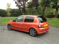 Clio Williams, Clio Sport, Megane Rs, Project Ideas, Projects, Lewis Hamilton, Top Cars, Cars And Motorcycles, Orange