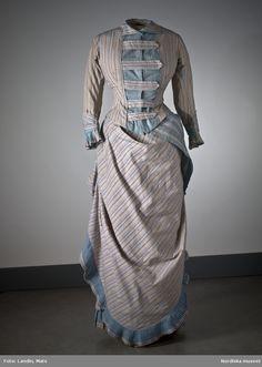 Bomullsklänning som tillhört en av tidningsmannen Lars Johan Hiertas döttrar. Nordiska museet inv nr 991628. @ DigitaltMuseum.se
