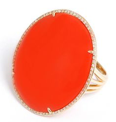 Beautiful 14K Yellow Gold Oval Coral Ring with Diamonds Sz.7.5