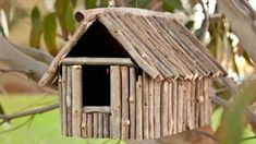 Rustic Wood Birdhouse Design Ideas, Natural Choices for Feathered Friends Birdhouse Designs, Diy Bird Feeder, Bird Houses Diy, Kids Wood, Rustic Gardens, Garden Crafts, Garden Art, Rustic Wood, Wood Crafts