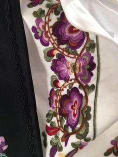 (1) FINN – Beltestakk skjorte i lilla farger
