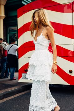 teired white dress
