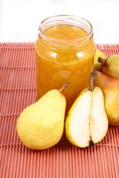 Naturally Sweet Pear Jam has just 3 ingredients -- pears, xylitol and lemon juice!
