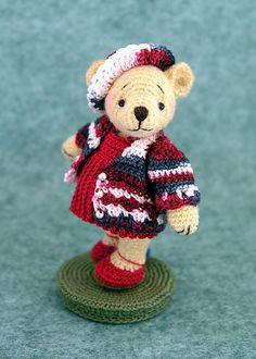 FREE Teddy Bear Amigurumi Crochet Pattern and Tutorial