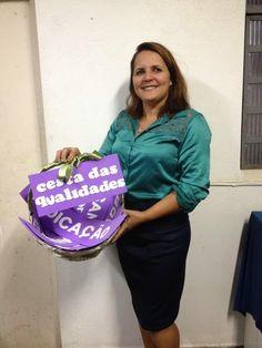Cesta das qualidades ser um líder   Essa cesta foi encomenda da minha amiga Magda Maia para realização de uma linda homenagem a Pastora Ilnar.  Uma ideia brilhante! Parabén...