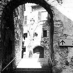 #Paese #antico #Italia #Lazio #bianconero