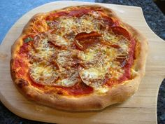 ... on Pinterest | Mini pizzas, Hawaiian pizza and Homemade pizza pockets