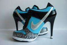 Nike Shoes For Women High Heels Women's nike dunk high heels Nike Free Run, Nike Free Shoes, Nike Dunks, Shoe Boots, Shoes Heels, Pumps, Prom Shoes, Ugg Boots, Wedding Shoes