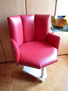 DIY Furniture : DIY Make an Armchair out of a Coffee Table!