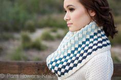 Mosaic Cowl PDF knitting pattern found on pampowersknits.com