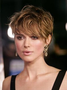 For these short hairstyles, run to the salon today: Keira Knightley # short hair Pixie Hairstyles, Pixie Haircut, Short Hairstyles For Women, Straight Hairstyles, Short Haircuts, Short Hair Cuts For Women Pixie, Shaggy Pixie Cuts, Pixie Bangs, Blonde Haircuts