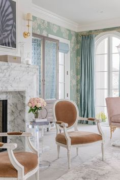 Home Interior Green Open house Rachel Parcell sute master Elegant Home Decor, Elegant Homes, Living Room Decor, Bedroom Decor, Paint Colors For Home, Suites, Home And Deco, Custom Home Builders, Living Room Inspiration