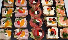 Zu einem Empfang (Sektfrühstück, Einweihung usw.) empfehlen wir Cocktail-Canapés aus französischem Baguette geschnitten, einzeln belegt und fein garniert.Unsere gemischten Canapés: