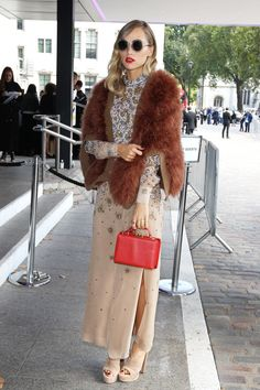 Here's why Miss Vogue is crushing over Suki Waterhouse's latest look