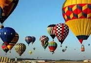 The 3rd weekend of October, the Annual Great Mississippi River Balloon Race is the most exciting and colorful hot air balloon race in Natchez!  Featuring 65 balloons, pitted against each other in a series of riveting races, pilots compete as they fly over the cities of Natchez, Vidalia, and the mighty Mississippi River. The weekend starts with the Balloon Glow, and continues with a stage full of World Renowned Musicians, a sports bar tent, and many more fun activities.