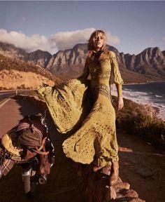325.9b Takipçi, 402 Takip Edilen, 5,068 Gönderi - Vogue Türkiye'in (@vogueturkiye) Instagram fotoğraflarını ve videolarını gör