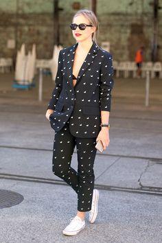 Australian Fashion Week Resort 2016 Street Style - The Best Street Style from Australian Fashion Week Best Street Style, Cool Street Fashion, Street Style Looks, Suit Fashion, Fashion Week, Fashion Outfits, Fashion Tips, Fashion Design, Modest Fashion