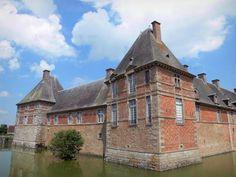 Château de Carrouges - Tourism & Holiday Guide