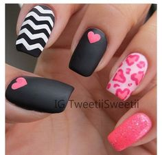 55 creative Nail Art ideas for Valentine's Day Mixed matte black nail polish - pink glitter - leopard print hearts - chevron stripes Mix it up!