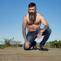 The Effective Pictures We Offer You About hairy chest A quality picture can tell you many things. Great Beards, Awesome Beards, Viking Beard, Perfect Beard, Male Pattern Baldness, Epic Beard, Beard Lover, Bear Men, Beard Tattoo