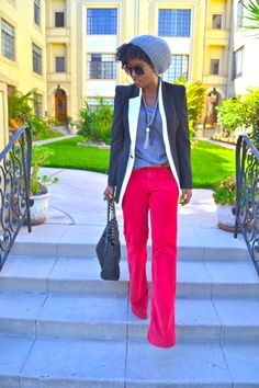 This outfit says everything I love about true style!