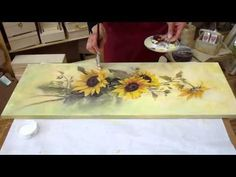 Decoupage on canvas. How to make canvas art. Decoupage On Canvas, Decoupage Glass, Decoupage Furniture, Decoupage Tutorial, Diy Tutorial, Diy And Crafts, Arts And Crafts, Paper Crafts, Transférer Des Photos