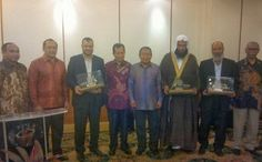 Indonesia sewa ulama yang divonis murji'ah bid'ah dan batil oleh Komisi Fatwa Kerajaan Arab Saudi - MUKMINUN.COM http://www.mukminun.com/2013/12/ali-hasan-al-khalabiy-divonis-murjiah-bidah-dan-batil-oleh-Komisi-Fatwa-Kerajaan-Arab-Saudi.html