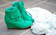 Sneakerwedges - http://olschis-world.de/  #Shoes #Womenswear #Fashion