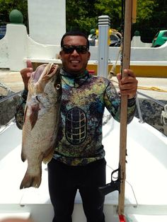Nice Snapper by Anibal. #cozumel #spearfishing #hunting #snapper