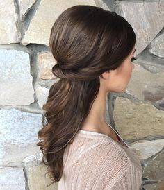 Pretty Half up half down curl hairstyles - partial updo wedding hairstyle #weddinghair #hairstyles #bridalhair #weddinghairstyle #halfuphalfdown #hairstyleideas #partialupdo #promhair #promhairstyleideas #hairstyleinspiraiton #halfup