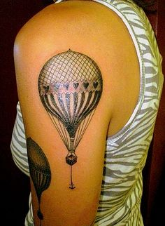 Body – Tattoo's – hot air balloon tattoo … ♥ the detail. King Tattoos, Love Tattoos, Beautiful Tattoos, Body Art Tattoos, Tatoos, Amazing Tattoos, 4 Tattoo, Get A Tattoo, Piercing Tattoo